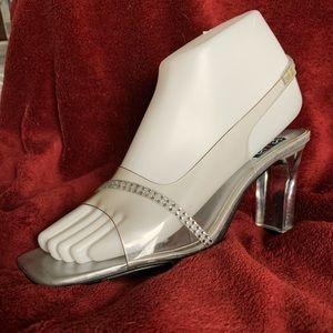 MOOTSIES TOOTSIES Cute Heels!  Size  6 1/2 NWOT